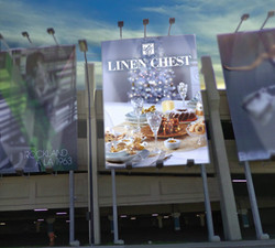Linen Chest billboard ∙ panneau