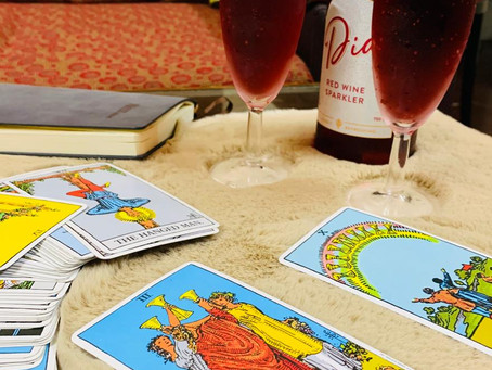 HOSTING A TAROT CARD PARTY