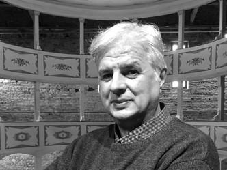 Riapriamo i teatri! Vito Minoia Ambasciatore della Giornata Mondiale del Selfie del Teatro
