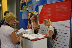 1 registration desk with books of abstra