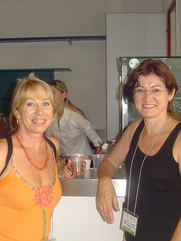 Elka Fediuk and Maria Horne at the Urbino World Congress in 2006