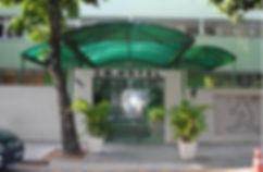 Hotel-CM-entrada1-300x196.jpg