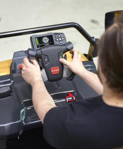 Cat_Tracteur_NRT30-50N2-volant_ergonomiq