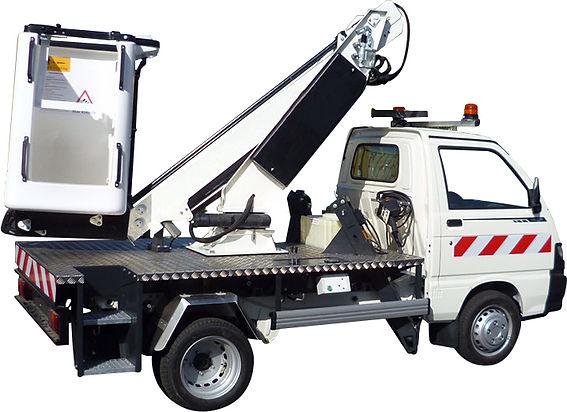 Véhicules utilitaires lemonnier Piaggio location vente maintenance france entretient