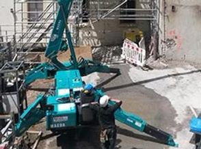 mini grue chantier accès