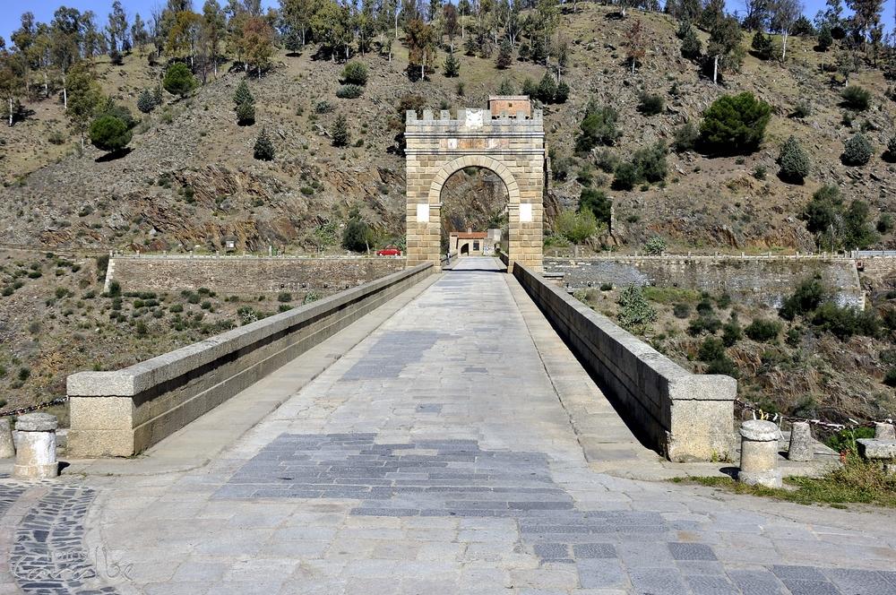 Puente_Romano_de_Alcántara_(12)-001_(Cop