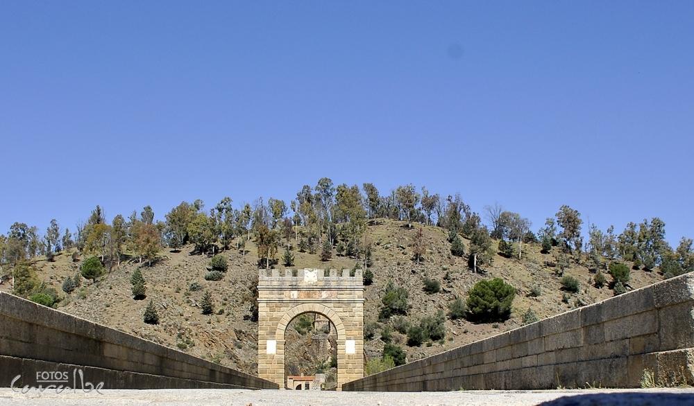 Puente_Romano_de_Alcántara_(48)-003_(Cop