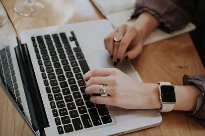 Arbeiten mit Laptop