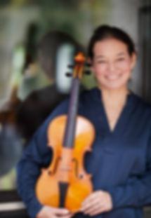 Porträt Nicole Ayumi Rautenberg