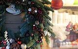 christmas-market-1719978__480.jpg