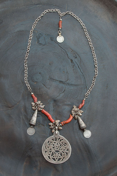 Modern Tribal Ethnic Necklace