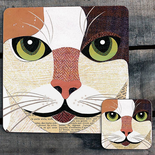 Japanese Bobtail close up Placemat