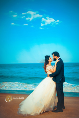 Couple pose during Post Wedding Photoshoot by Good Capture Photography