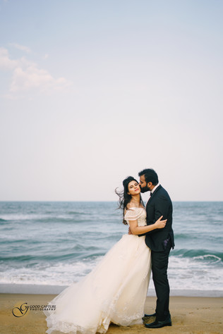 pre wedding photoshoot location ideas by Good Capture Photography