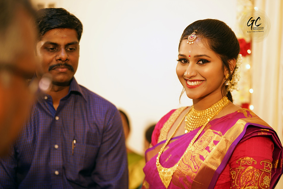 Candid wedding picture by the best candid wedding photographers in Chennai