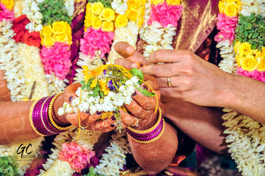 Best wedding photographers in Chennai at a Brahmin Wedding