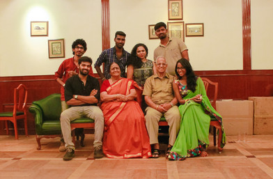 Best Family Photoshoot session in chennai at affordable family photoshoor package