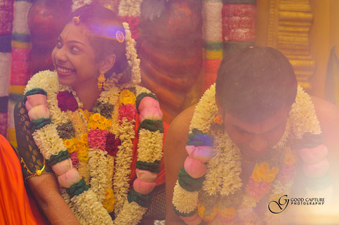 Candid wedding picture of Sri in chennai
