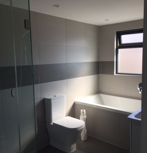 New-bathroom-1.JPG