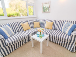 Gunwalloe_Holiday_Cottage_Living_Room