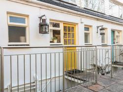 Gunwalloe_Holiday_Cottage_Front_Door