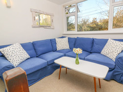 Cove_Cottage_Living_Room