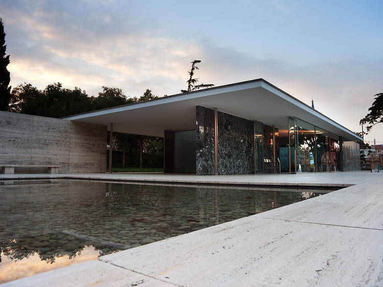 Van_Der_Rohe_The_Barcelona_Pavilion
