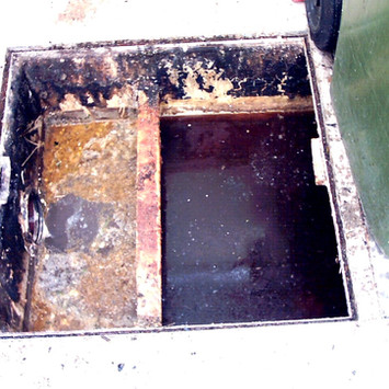 grease trap 2.jpg