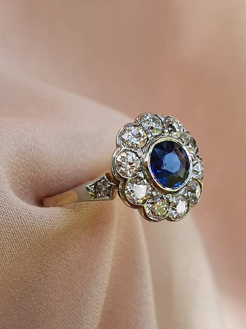 Lovely Art Deco Sapphire and Diamond Daisy Ring