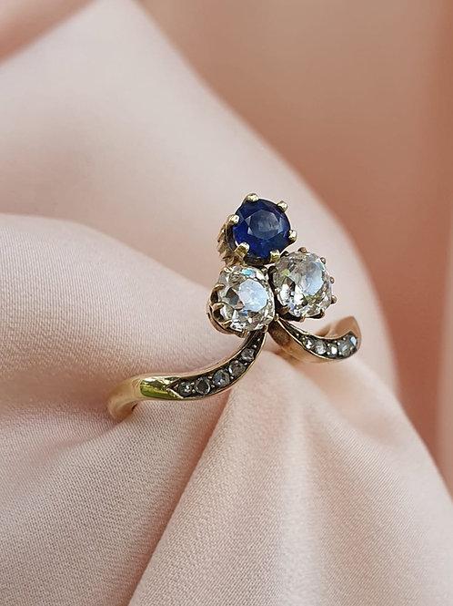 Art Nouveau Diamond & Sapphire Ring