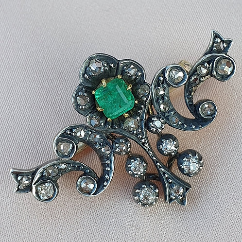 Late Victorian Emerald Diamond Brooch