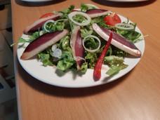 Salade et magret séché