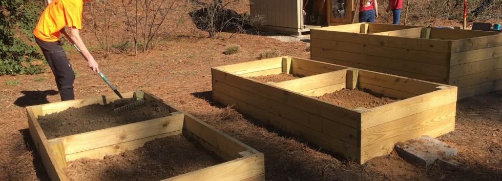 Raised Bed Fill at Parents' Park Locatio