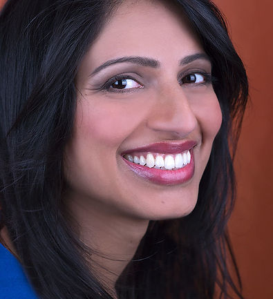 Richa Headshot1.jpg
