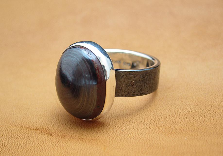 黒味銅のリング