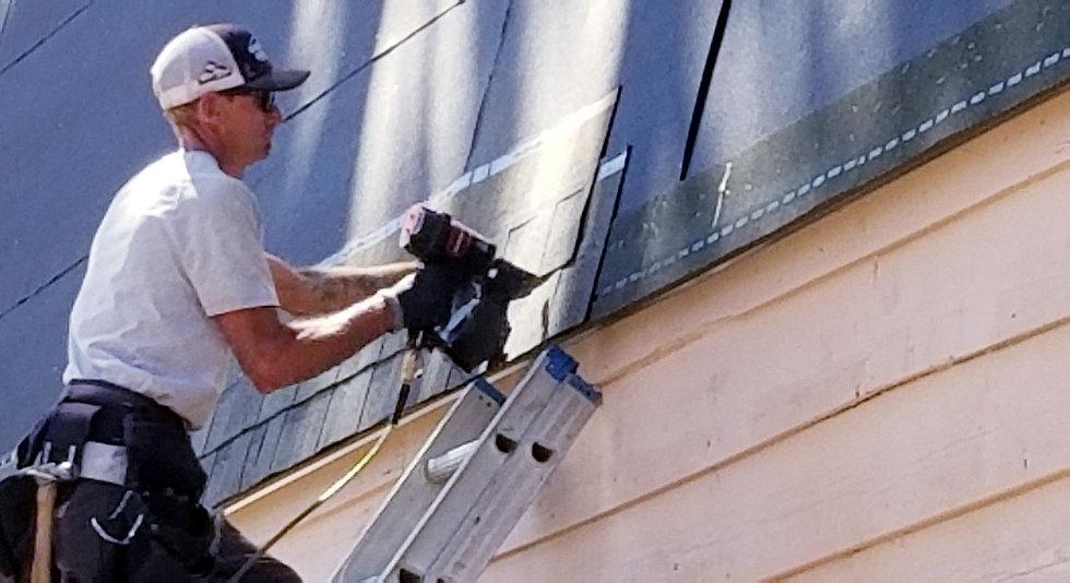 roofing-home-improvement-RDJDL26.jpg