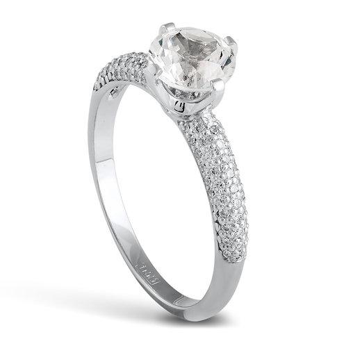 Кольцо из белого золота с корундом и бриллиантами