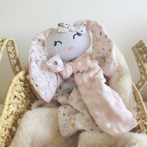Doudou Câline la lapine