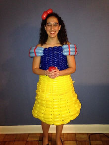 Balloon art, balloon sculpture, balloon dress, balloon fashion, Snow White, Disney, Washington DC balloon artist, Zippy, Julie Zauzmer