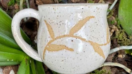 Small Vine Mug - White