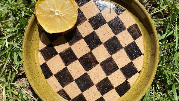 Checkered Picnic Plate - Olive