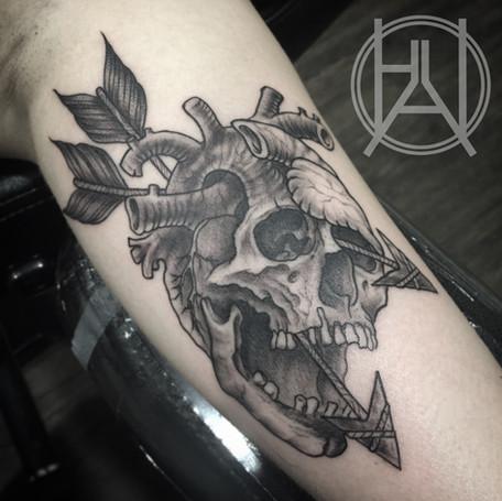 Skull_Heart and Arrows.jpg
