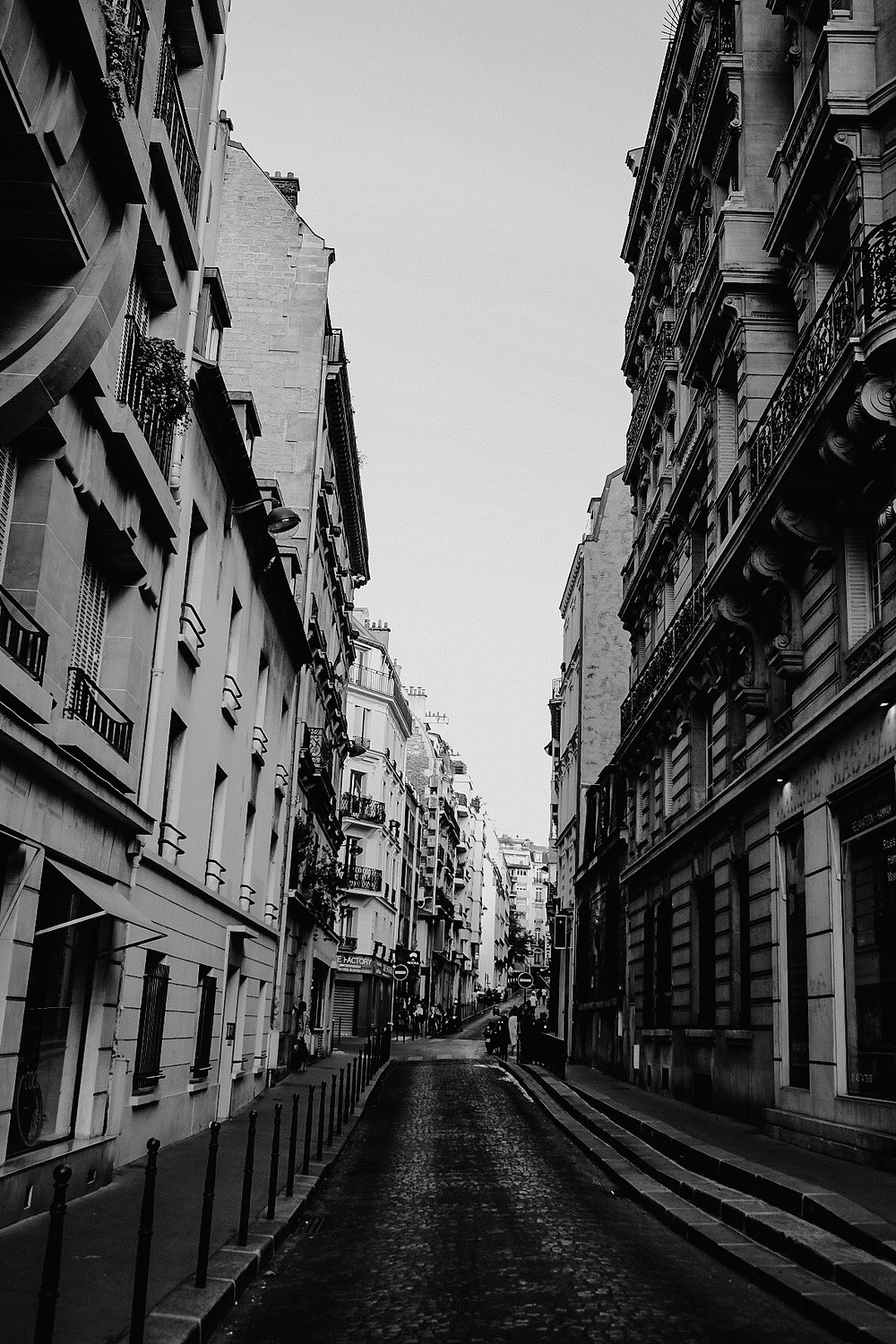 parisan side street