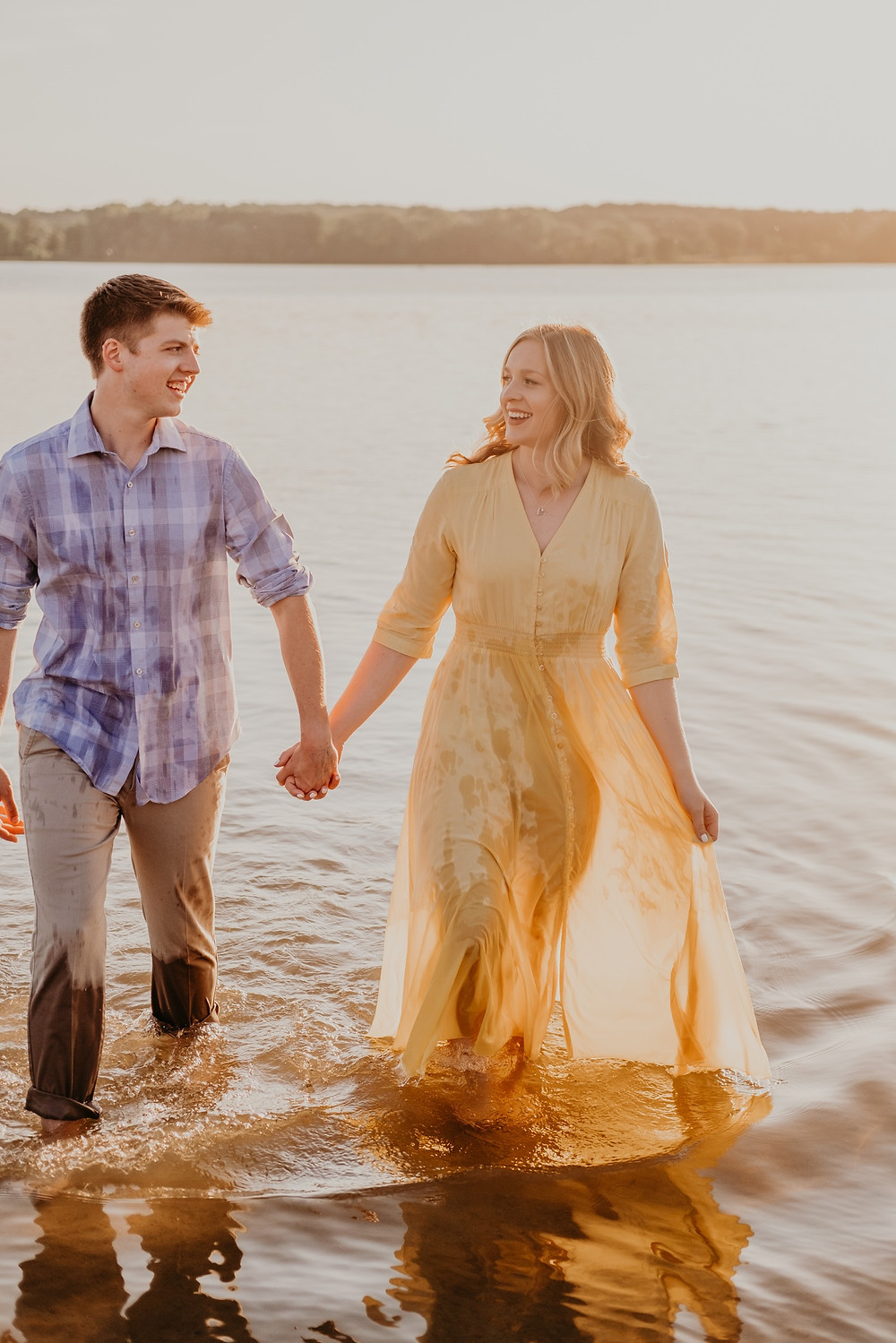 Stony Creek Metro Park engagement session at sunset. Photographed by Nicole Leanne Photography