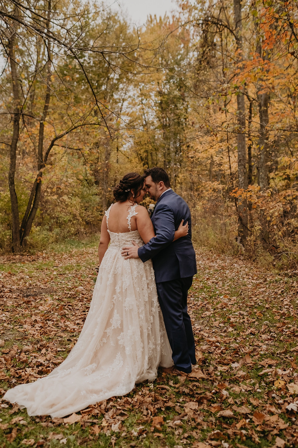 Fall wedding photos in Michigan with bride and groom
