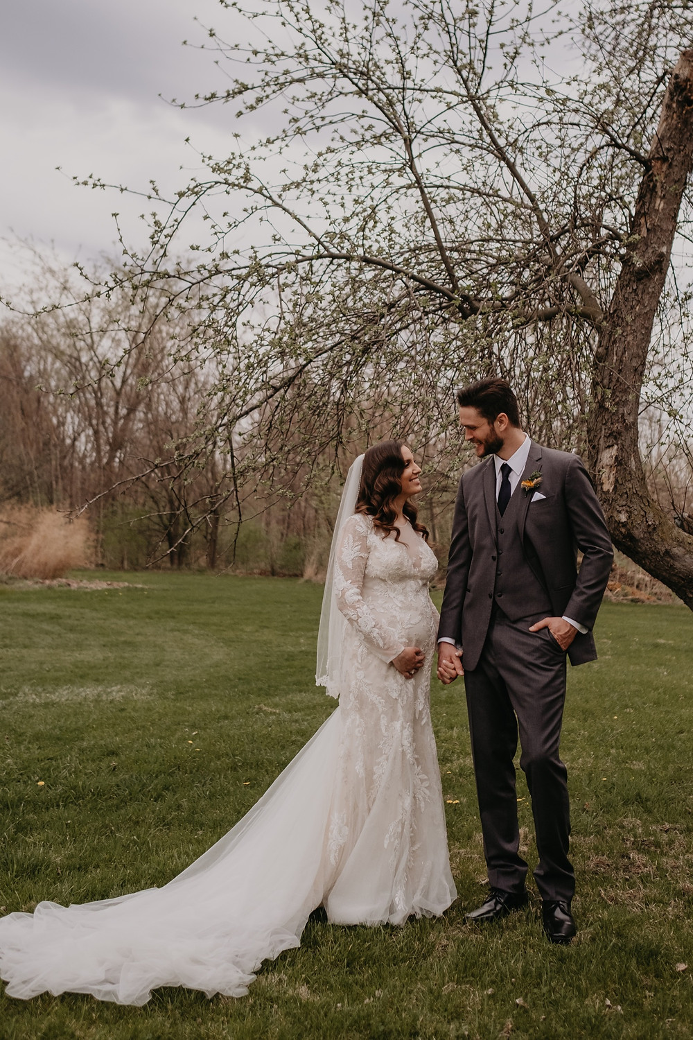 Metro Detroit wedding photos at Graye's Greenhouse. Photographed by Nicole Leanne Photography.