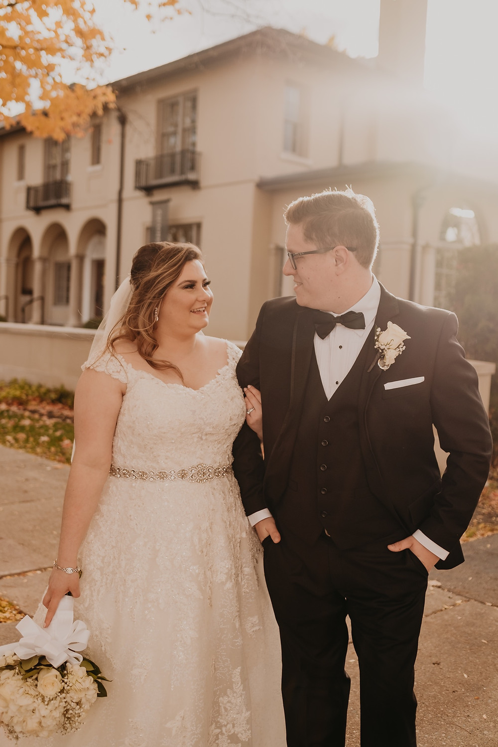 Autumn Michigan wedding. Photographed by Nicole Leanne Photography.