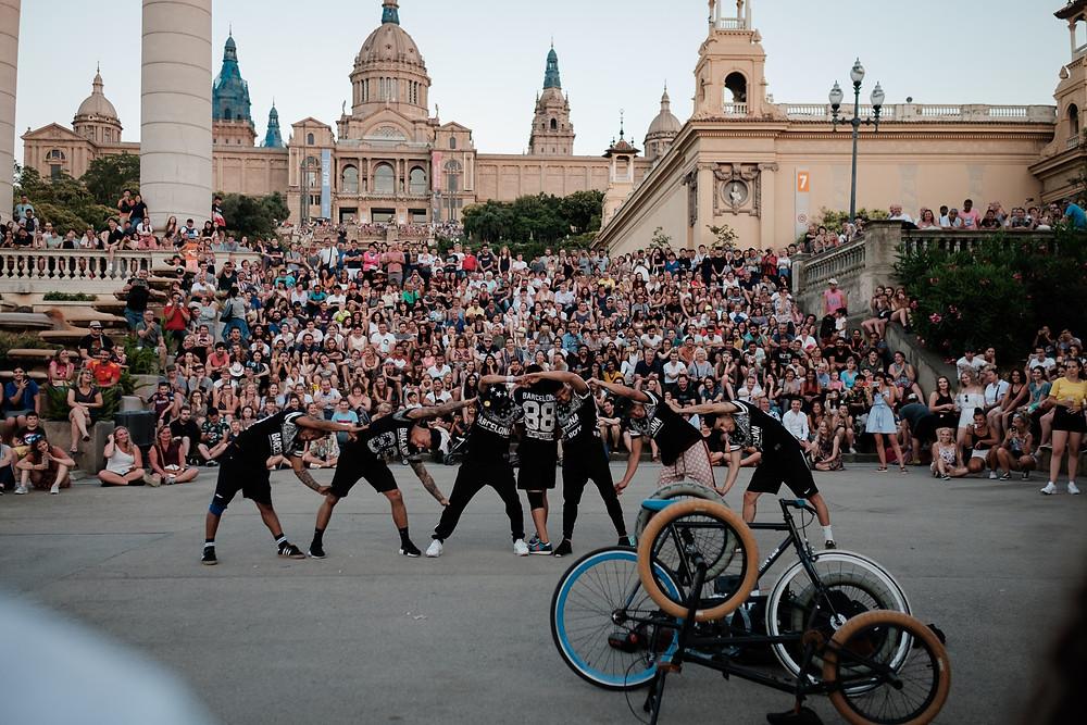 dancers, The Magic Fountain, Barcelona