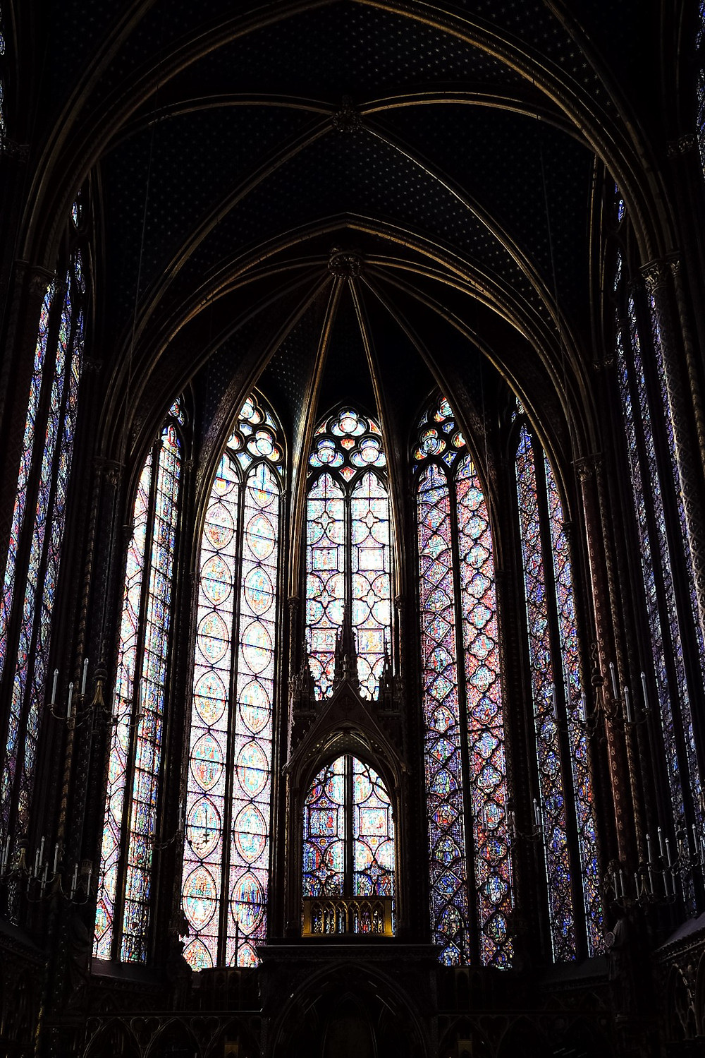 stainglass at Sainte Chapelle