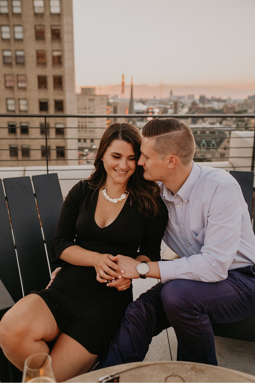 Sunset engagement photos at The Monarch Club lookout. Photographed by Nicole Leanne Photography.